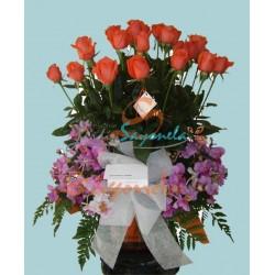 Rosas Salmón y Orquídeas Hawaianas