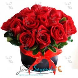 Rosas en caja redonda