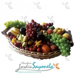 Canasta de frutas y Chocolates