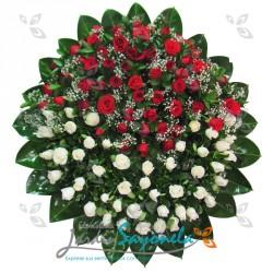 Corona en Rosas Blancas y Rosa Rojas