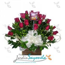 Caja de madera de rosas
